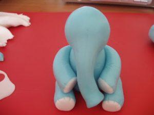 Фигурки из мастики: как сделать слона – мастер-класс-шаг 6