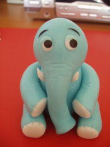 Фигурки из мастики: как сделать слона – мастер-класс-шаг 8