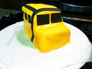 Торт Машинка – мастер-класс по оформлению-шаг 3