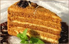 Слоеный торт Медовик с кремом из сгущенки – быстро и просто!-шаг 1
