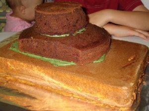 Торт на 23 февраля – оригинальный торт Танк-шаг 1