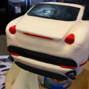 Какой торт для мальчика приготовить – сделайте торт Машинку!-шаг 4