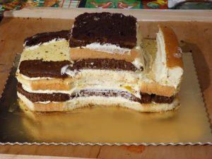 Торт в виде Машинки – мастер класс с фото-шаг 2