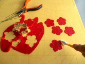 Цветы из мастики – нежная герань. Мастер-класс-шаг 1