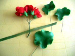 Цветы из мастики – нежная герань. Мастер-класс-шаг 9